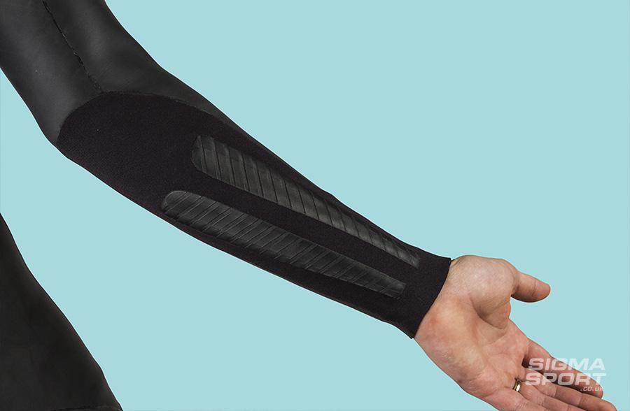 2XU A1 Wetsuit review wrist