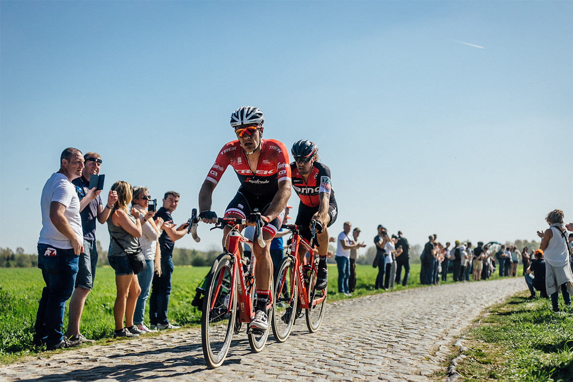 Roubaix 2017 Trek and BMC racing