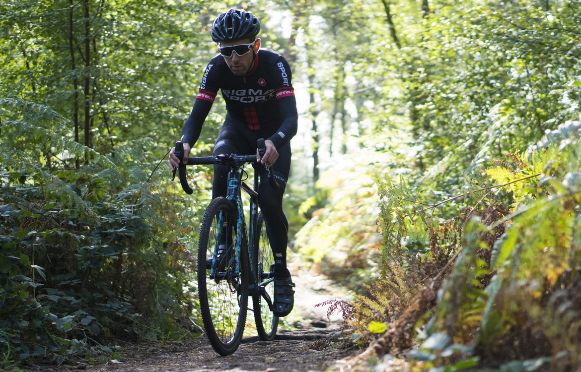 Cannondale SuperX Apex 1 Cyclocross Bike 2018 Riding Through The Forest