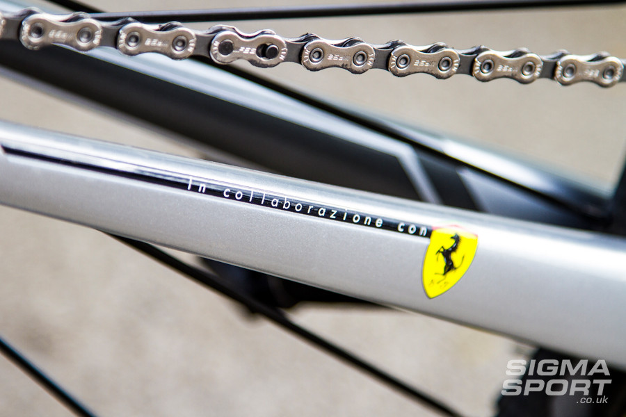 Colnago V1-R Review Ferrari