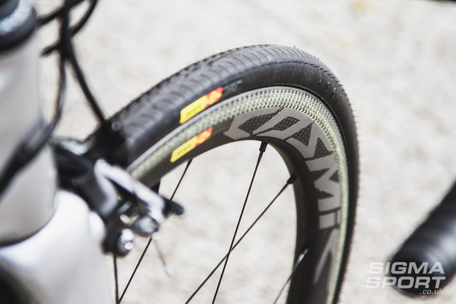 Mavic Cosmic Pro Carbon SL Wheelset On Bike
