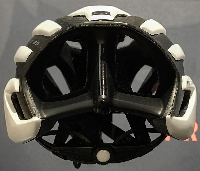 MET Trenta 3K Carbon Helmet Rear