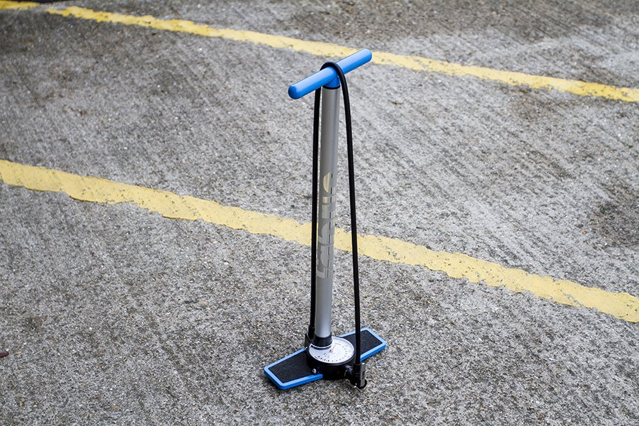 Fabric-TP02-Hi-Volume-Floor-Pump