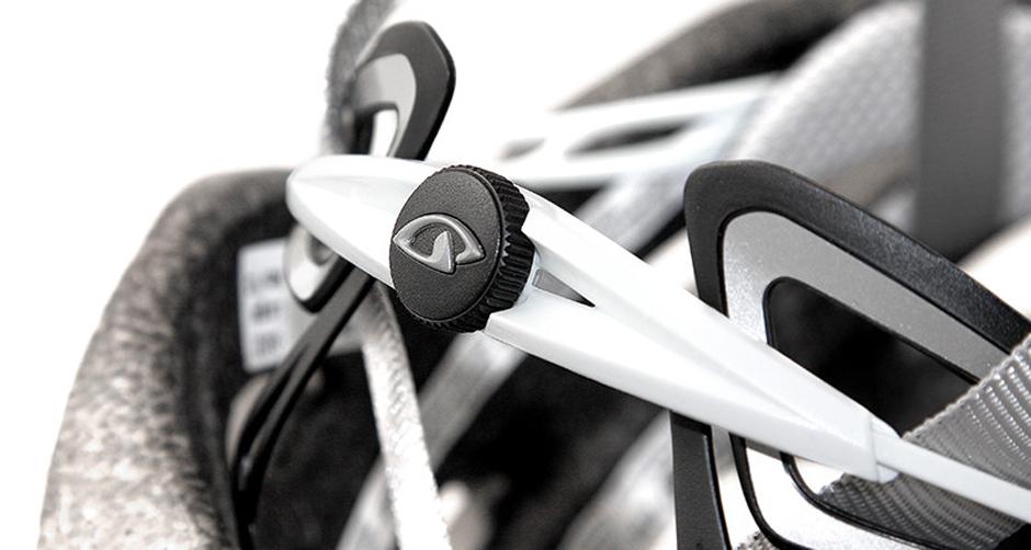 Giro Savant 2014 Helmet Buckle