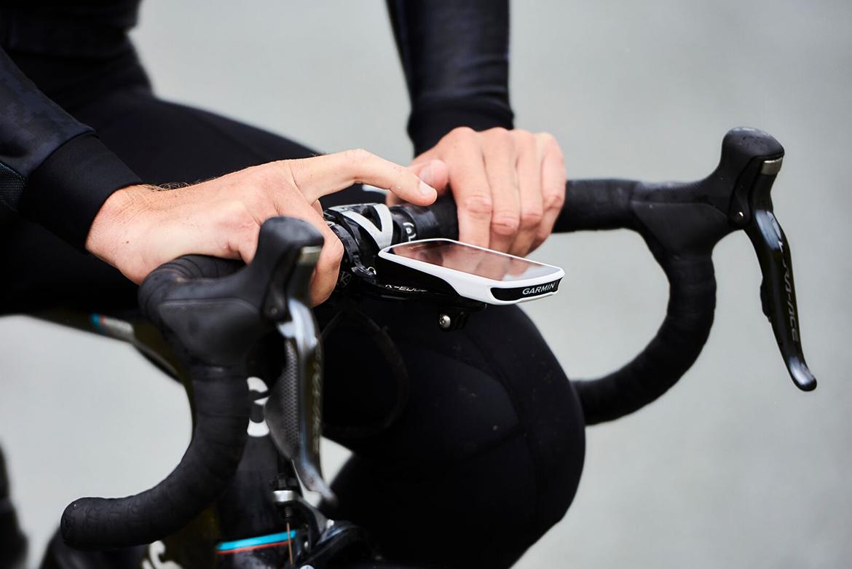 Garmin Edge 1030 GPS Cycling Computer Handlebar Mounted