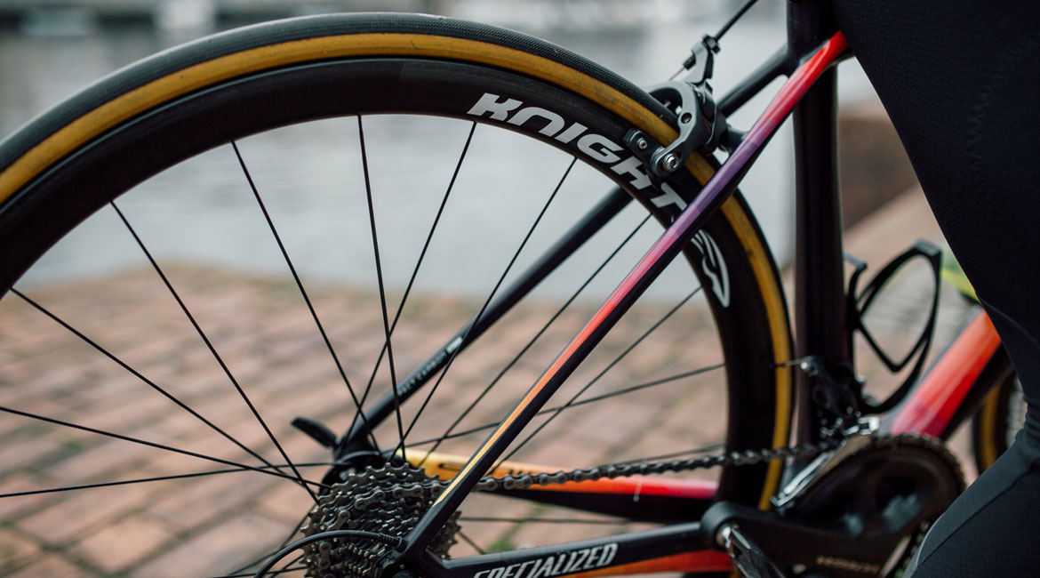 Knight Composites 35 Carbon Clincher Wheelset Review Brake Track