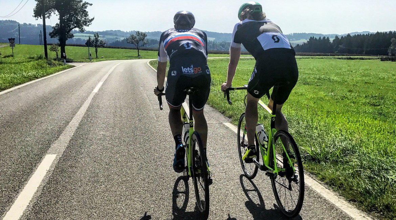 Scott Foil Disc Premium Road Bike 2018 Luka Mezjec Riding