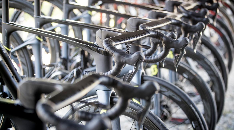 Scott Foil Disc Premium Road Bike 2018 in rack