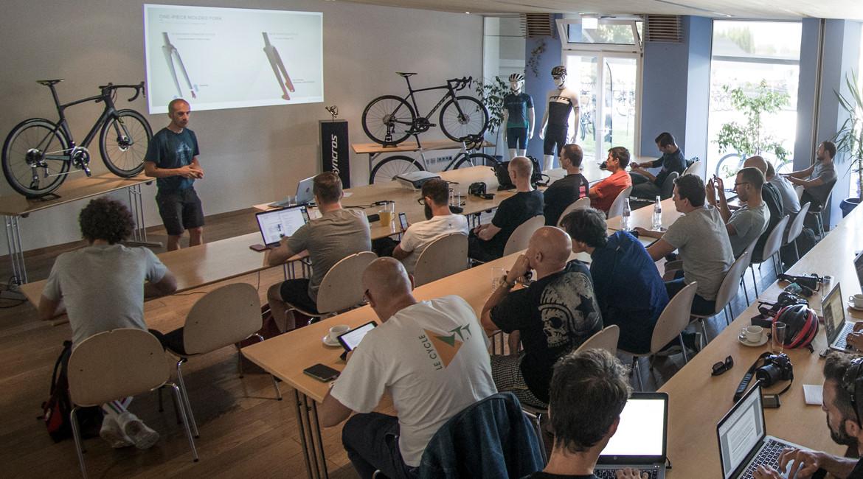 Scott Foil Disc Road Bike 2018 Product Launch