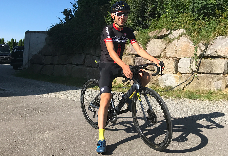 Scott Foil Disc Premium Road Bike 2018 Sigma Sports Cyclist