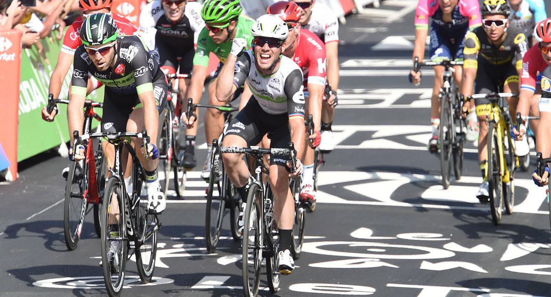 Mark Cavendish wins Tour de France stage 6