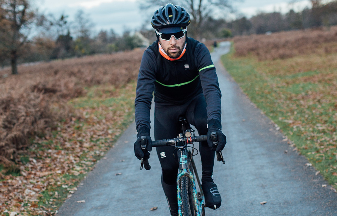 cyclist wearing winter cycling kit