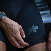 First Look: The ASSOS Equipe S9 Bib Shorts