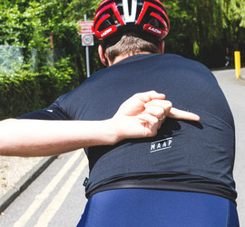 Beginner's Guide to Cycling Hand Signals