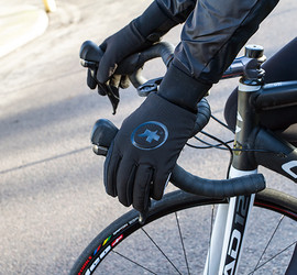 ASSOS Bonka Membrane Evo7 Gloves Review