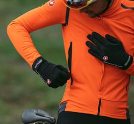Top 5 Cycling Gloves This Season