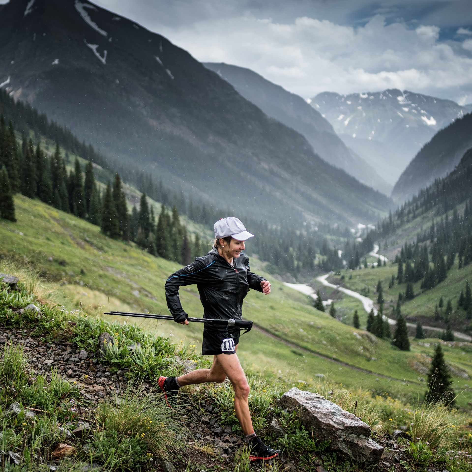 Salomon S/Lab Woman Running in mountains