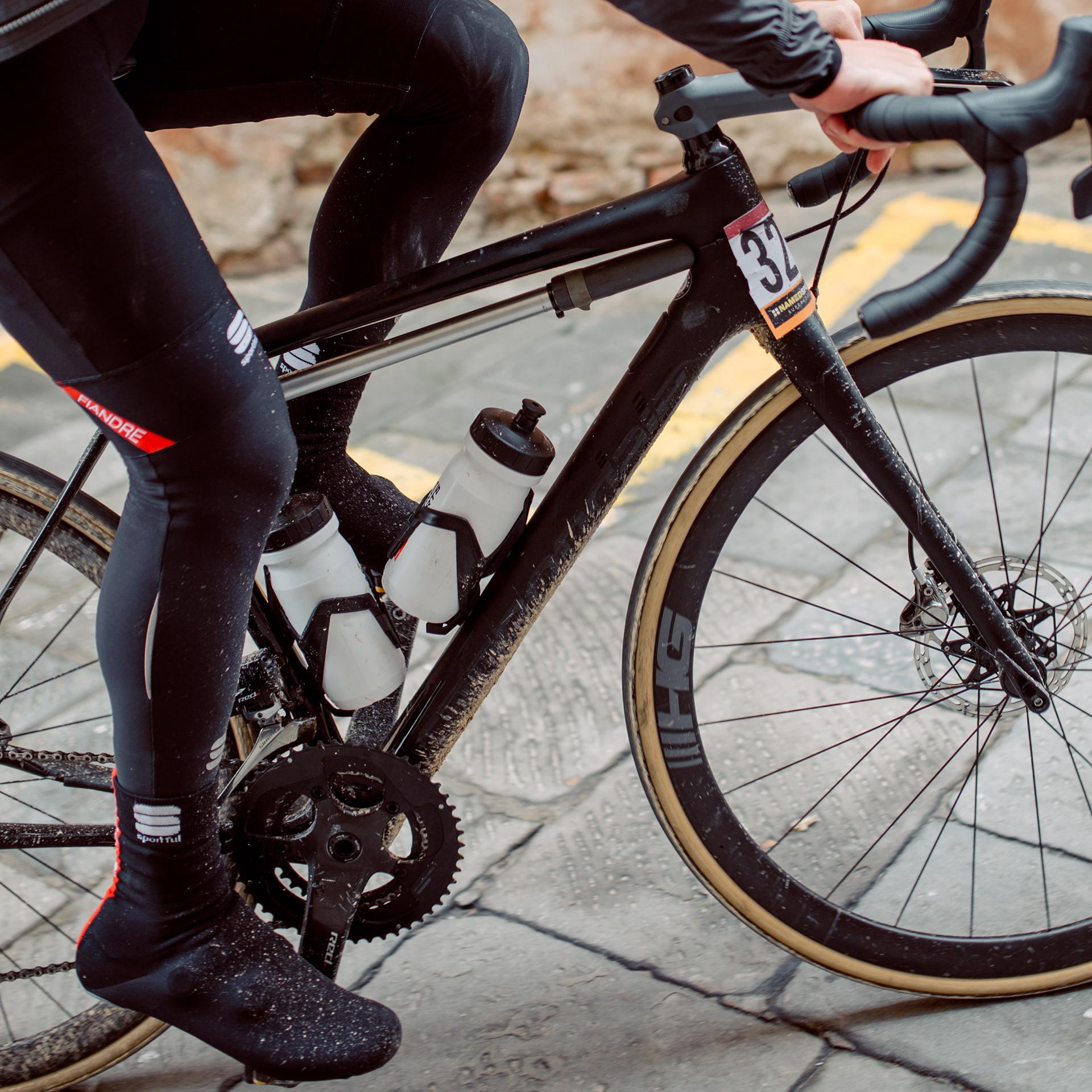 Cyclist riding the Cannondale Synapse eTap Road Bike Through Siena