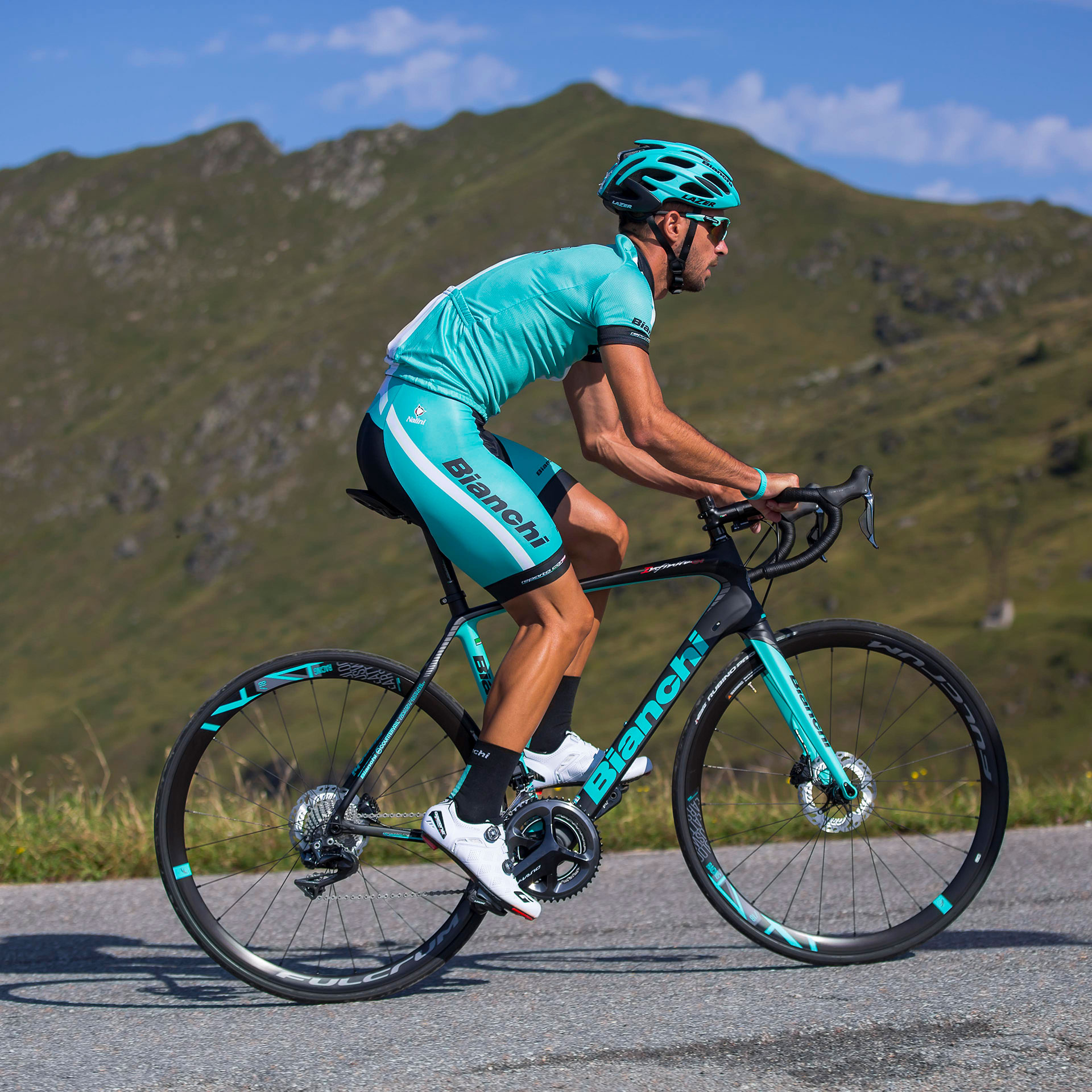 Bianchi Infinito CV Road Bike