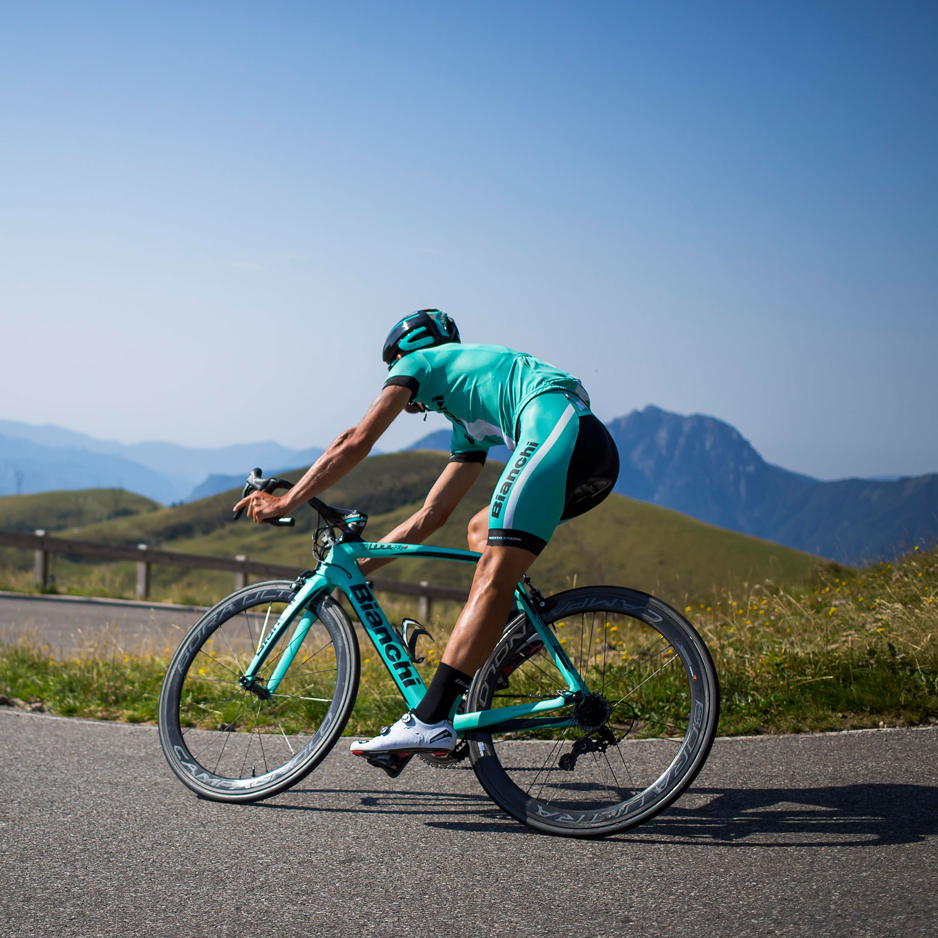 Bianchi Oltre XR4 Road Bike Mountain