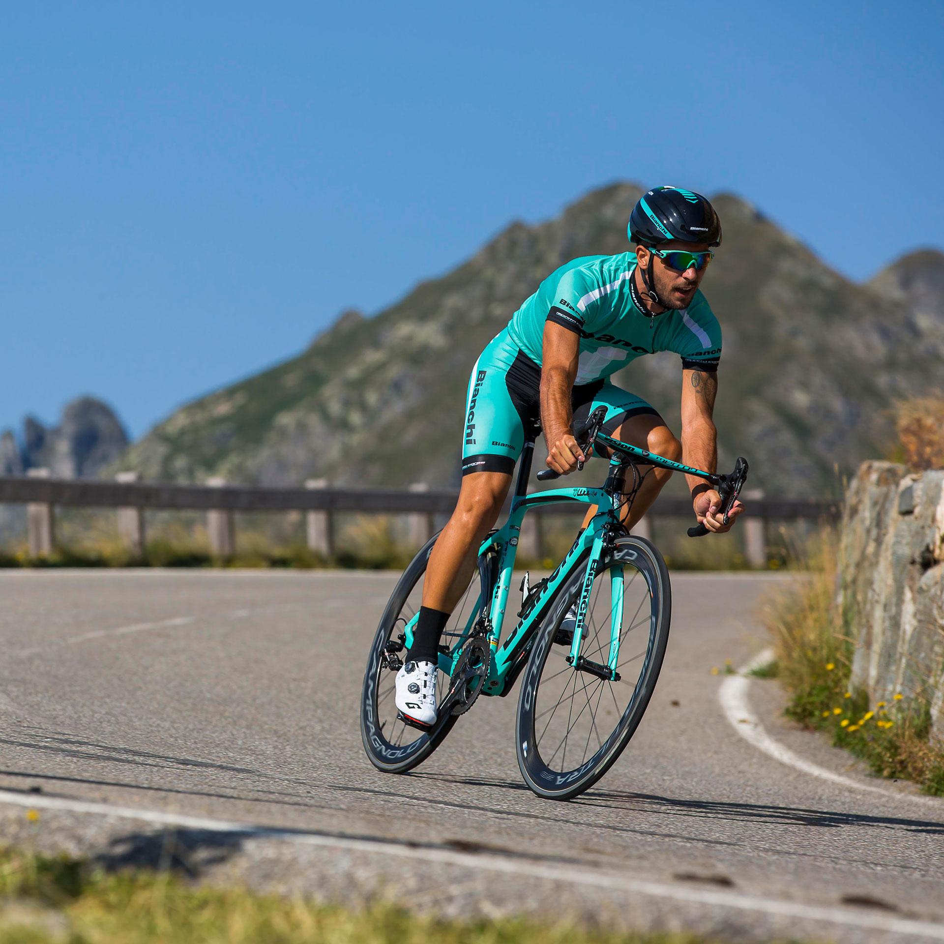 Bianchi Oltre XR4 Road Bike