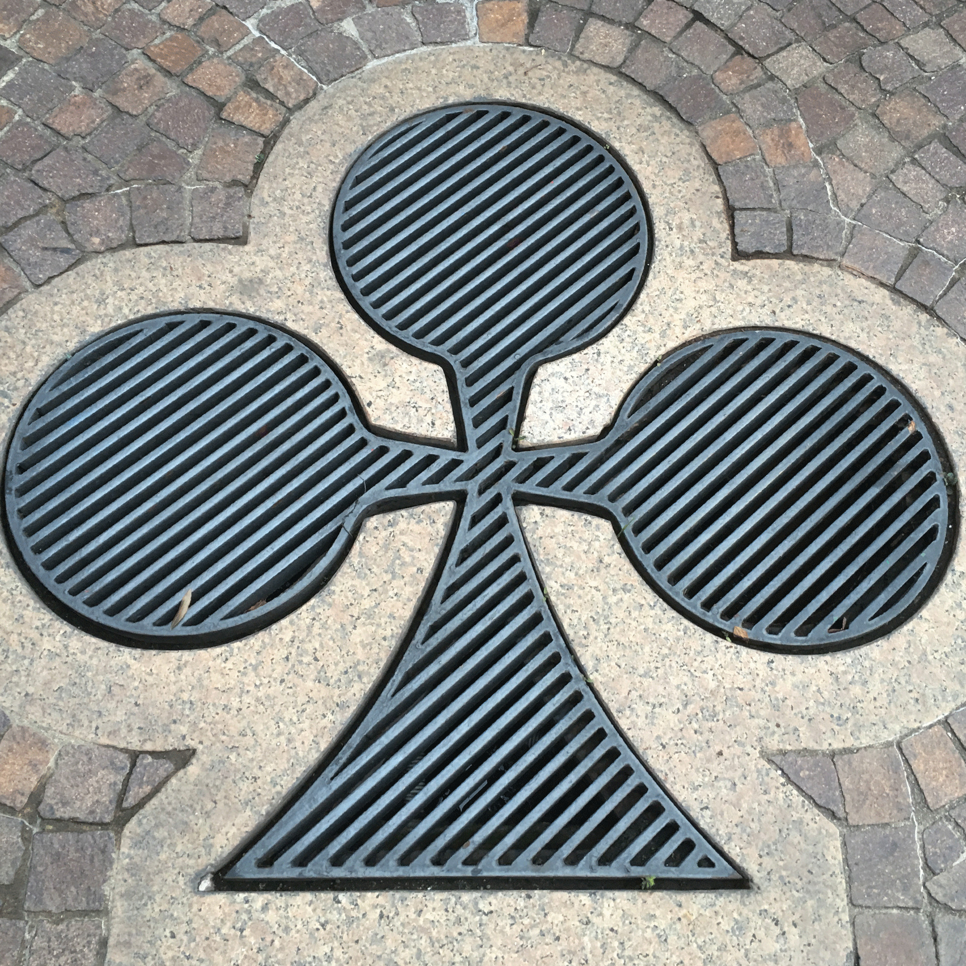 Ace of Clubs Drain Cover