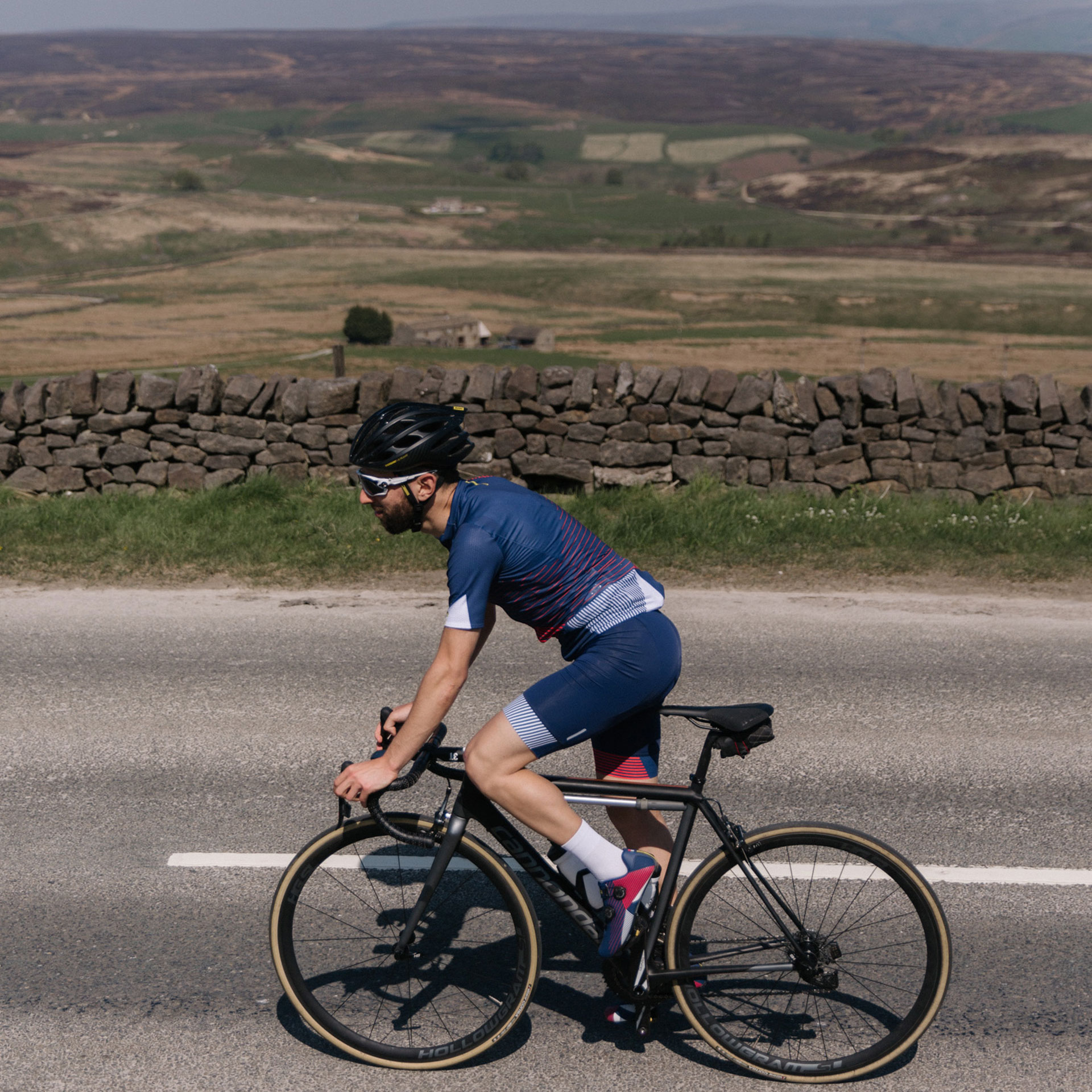 Sigma Sports Rider Climbing The Cote de Greenhow Hill