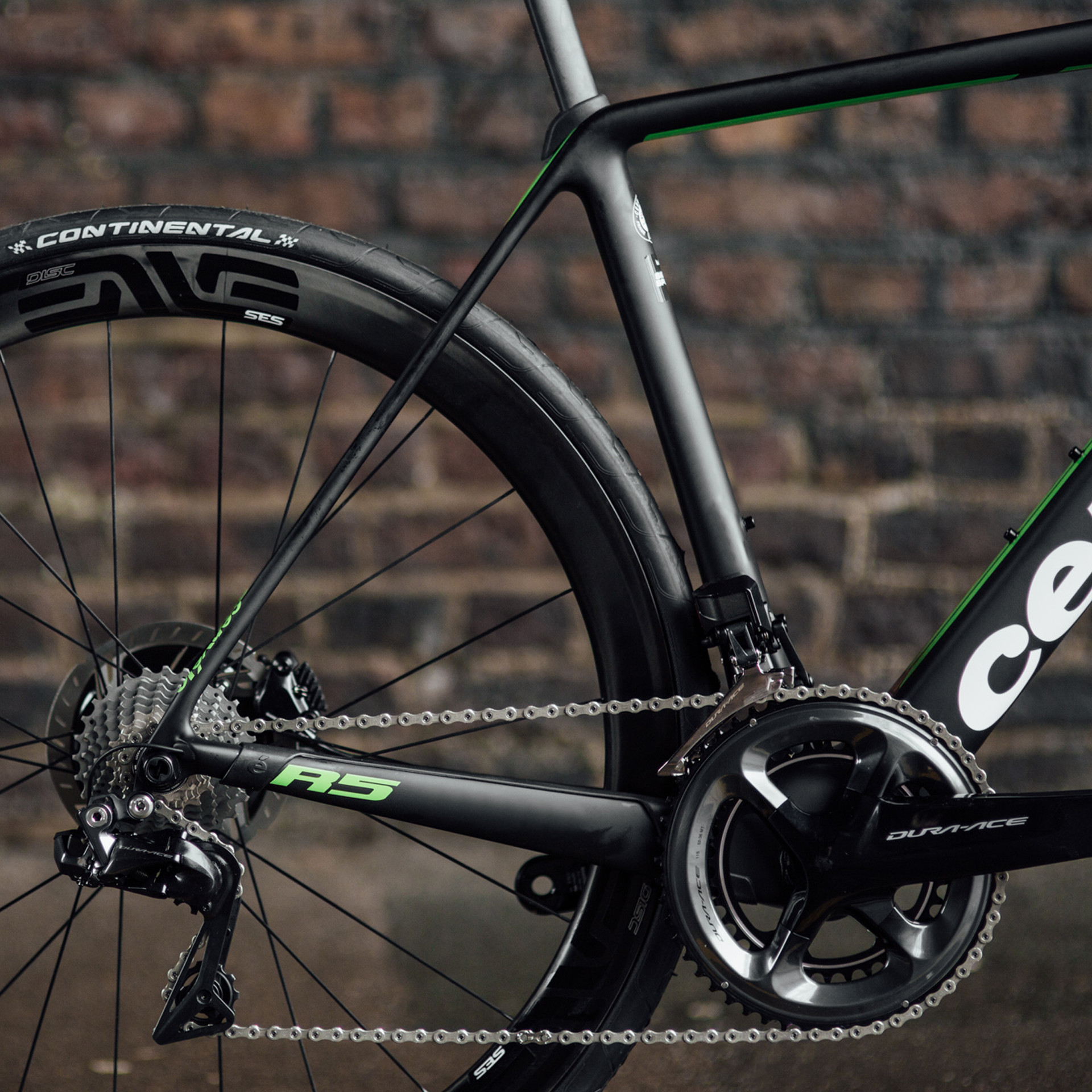 Cervelo R5 Disc Road Bike Gear Selection