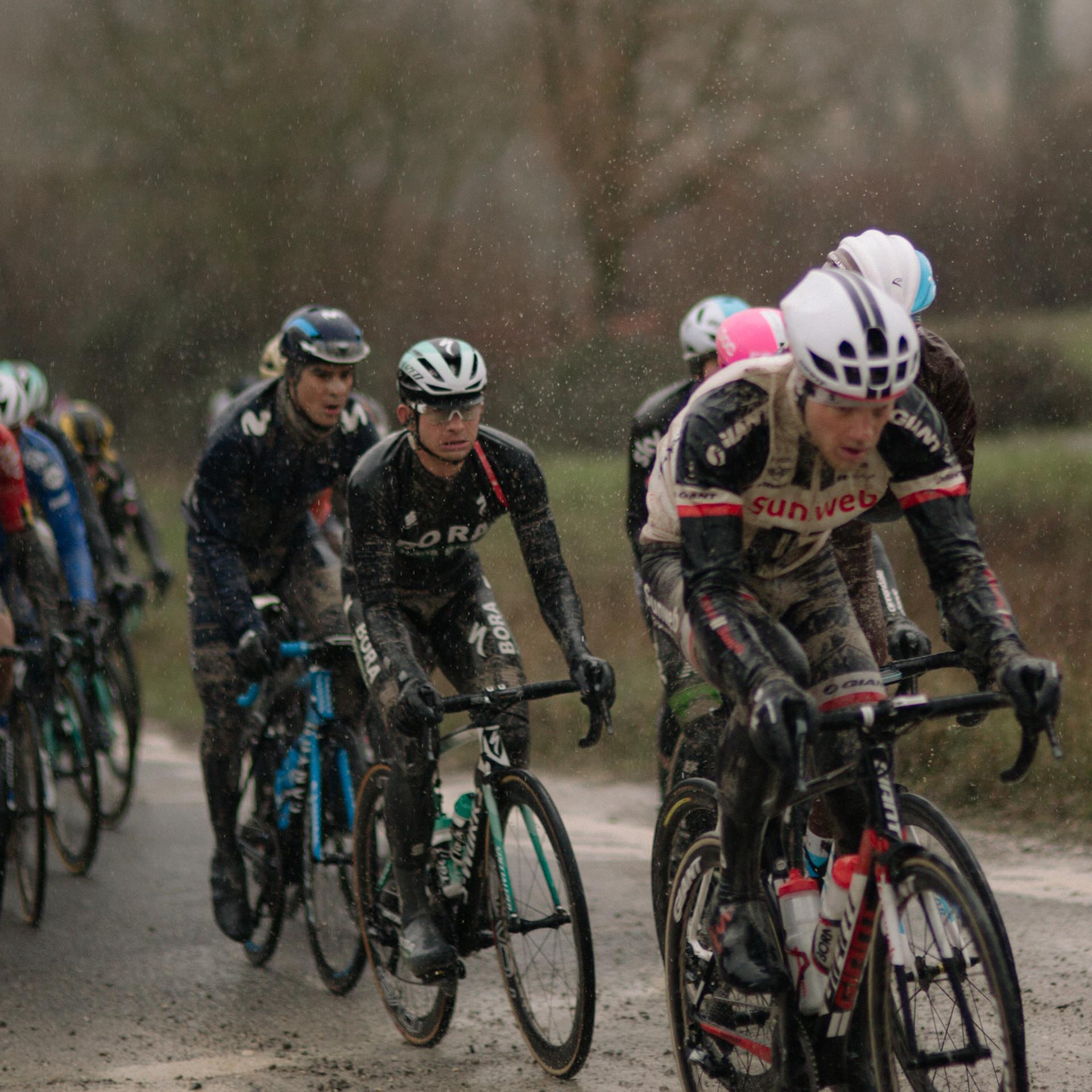 Strade Bianche Race Peloton