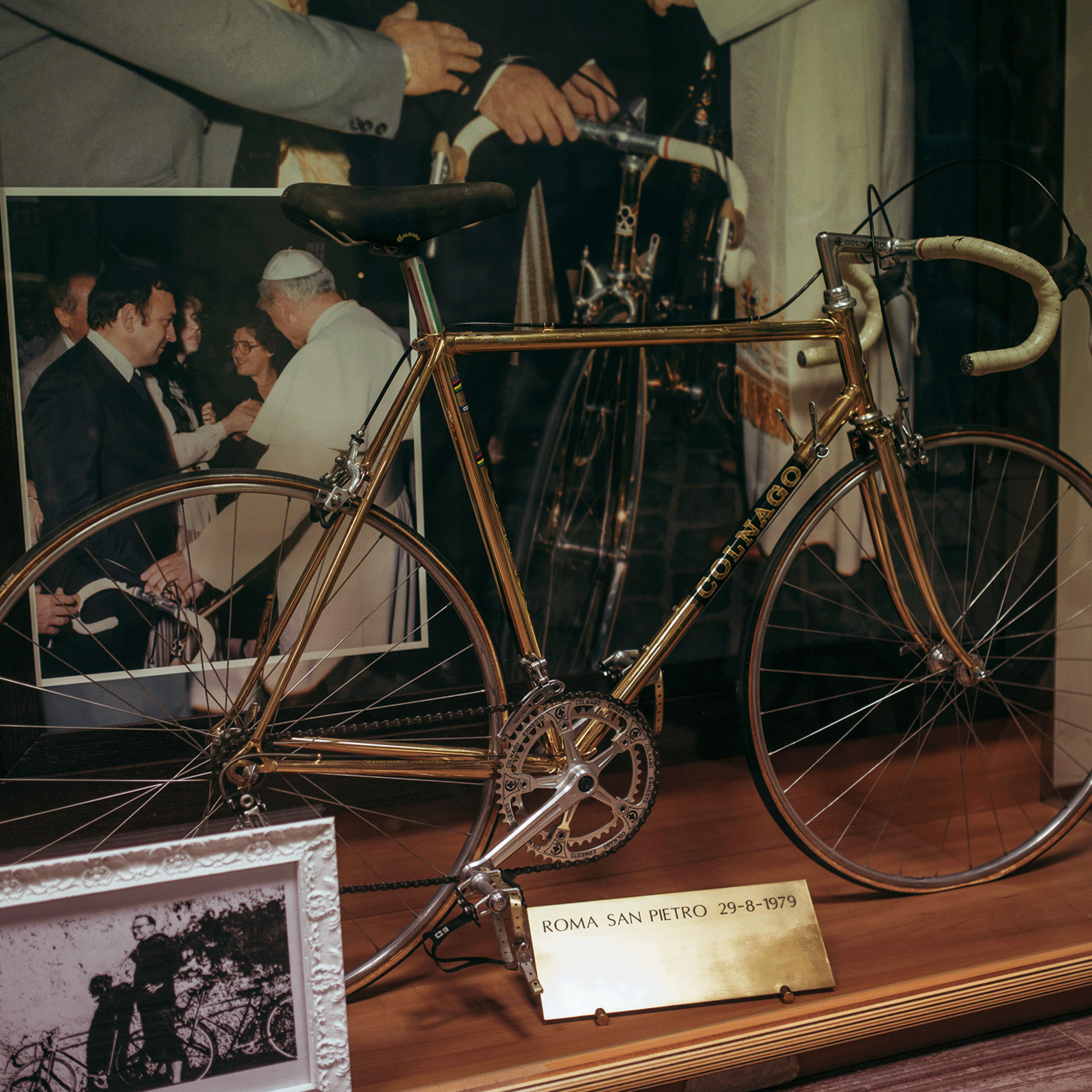 Ernesto made a beautiful and very special Mexico gold bike for Pope John  Paul II in 1979. Constructed from steel and plated in 18 carat gold 939f80bb7