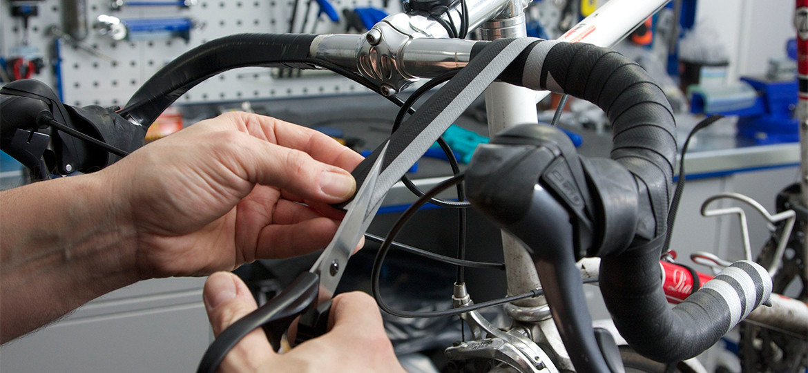 Bar tape guide