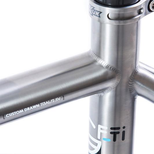 Kinesis Racelight Granfondo Ti Disc Frameset (Mechanical Only)