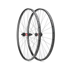 Knight Composites 29R Race Carbon Clincher Tubeless Wheelset