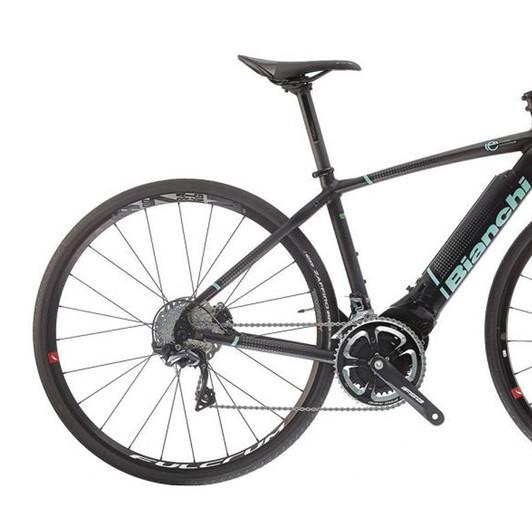 ... Bianchi Impulso E-Road Ultegra Disc Road Bike 2019 a97f7b0bf