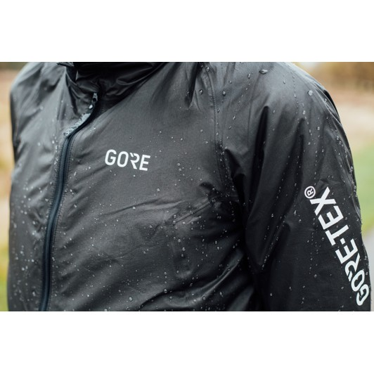772d47d07 Gore Wear C5 Gore-Tex Shakedry Insulated 1985 Jacket