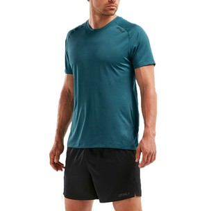 2XU GHST Short Sleeve T-Shirt
