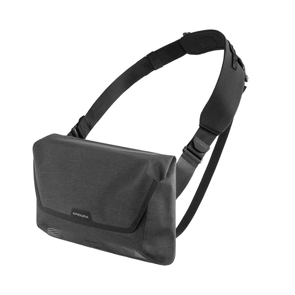 Apidura City Messenger Bag 11