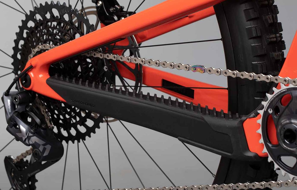 RIBBED CHAINSTAY PROTECTOR